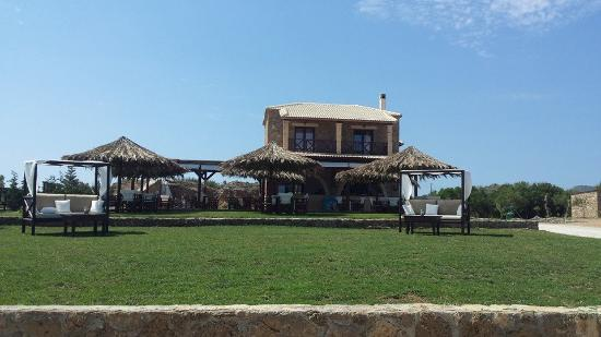 Vrahos Beach Snack Bar