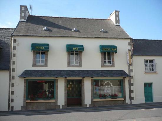Lanhouarneau, France : Hôtel LE GOFF (façade sur rue)