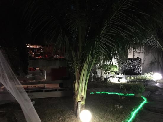 El Sueno Resort and Restaurant : 微妙なライトアップ