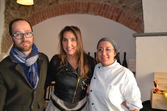Wine Bar Enoteca 8284 : ladies and gentlemen Daniela Satragno