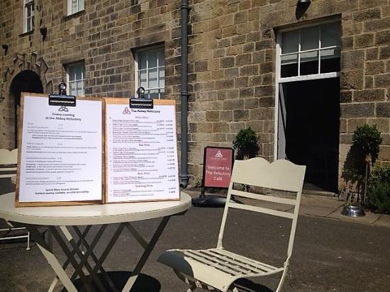 The Refectory Cafe: Wonderful Garden Setting