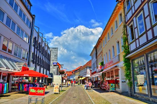 Alfeld (Leine), Γερμανία: Leinstraße in Alfeld