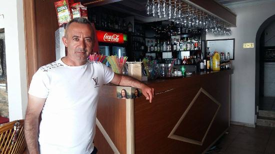 Mona Lisa International Restaurant: mister alii