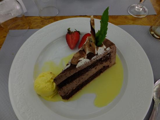 Montfiquet, Frankreich: Dessert