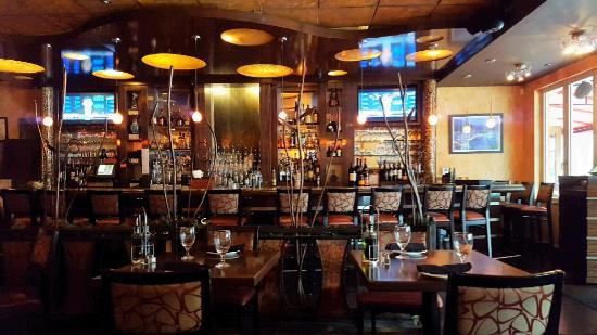 Trata Greek Taverna: Bar