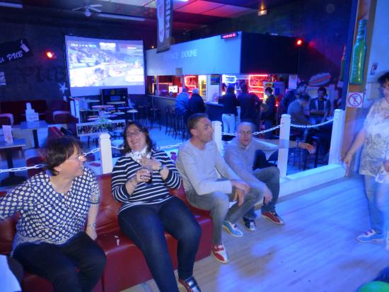 Planet'ovale Bowling
