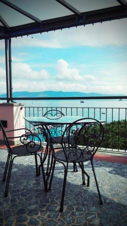 la terrazza sul mare - Foto di Hotel Paradiso, Porto Venere ...