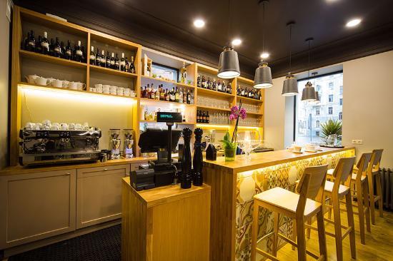 WineHouse Gastro Bar & Wine Shop