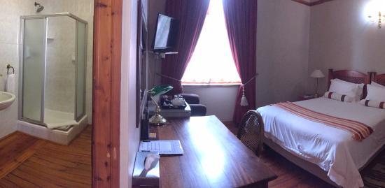 Oregon Place Guest House: Room 2