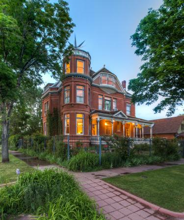 Photo of Lumber Baron Inn & Gardens Denver