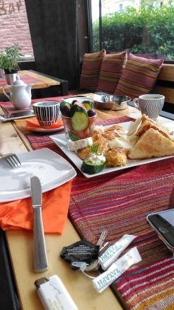 Hotel Halkidona: Breakfast