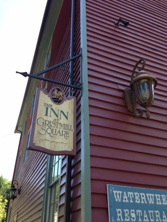 Inn at Gristmill Square照片