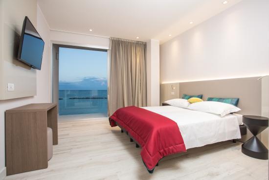 Hotel Savini Igea Marina Recensioni