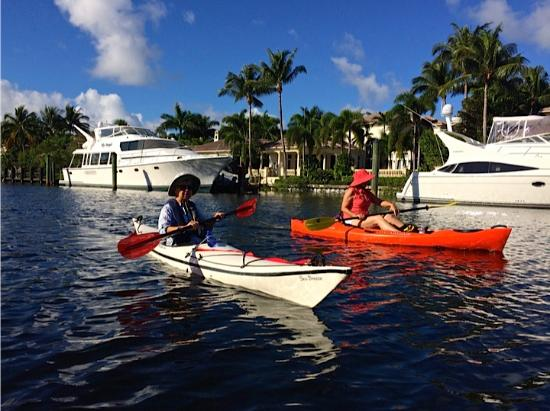 North Palm Beach, FL: Kayaking the Earman River
