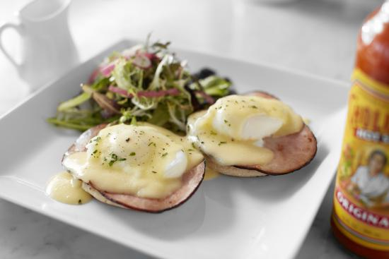 Johnny S Restaurant Bar Eggs Benedict