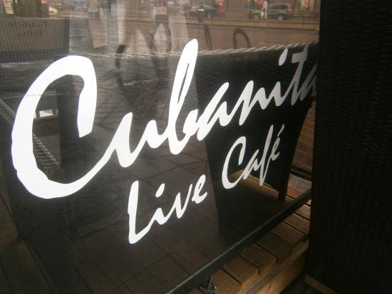 Cubanita Live Cafe: Utomhuscafè på Narvagatan 2.