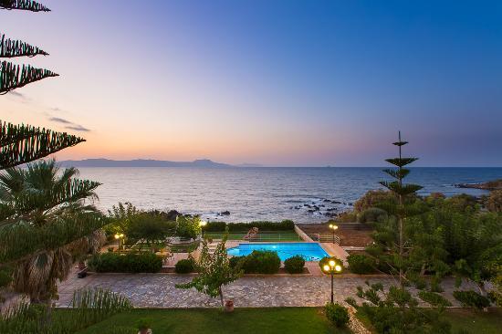 Villa Katerina Petres : Petres Panoramic1