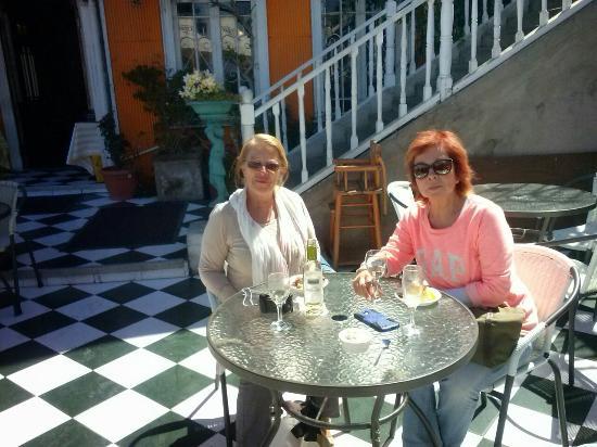 Cafe Brighton: Disfrutando un cafe