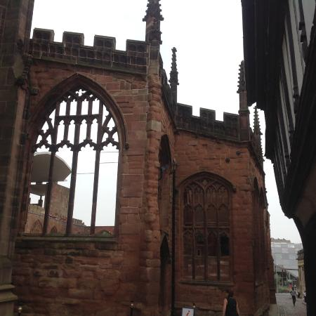 Coventry, UK: The walls still standing, Windows gone..... but wait.. go to museum and learn something!