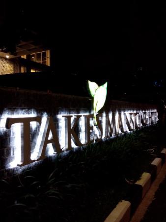 logo takes mansion di malam hari picture of takes mansion hotel rh tripadvisor com