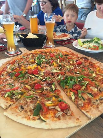 fantastik pizza picture of pirates berlin berlin tripadvisor