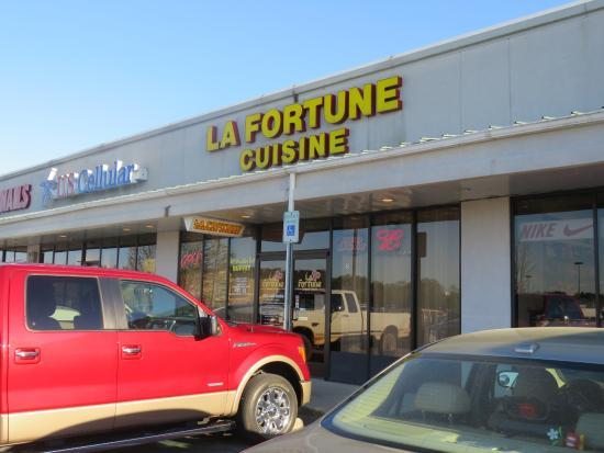 Madisonville, Tennessee: Exterior - La Fortune Cuisine