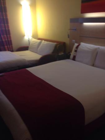 Holiday Inn Express Southampton M27 Jct 7: photo1.jpg