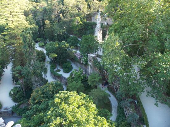 Foto de quinta da regaleira sintra vista para os jardins for Jardines quinta da regaleira