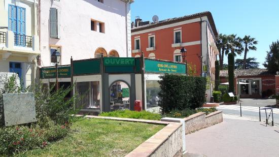 Le Grand Cafe de l'Esterel