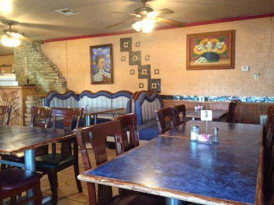 Hamilton, TX: Inside Fridas restaraunt
