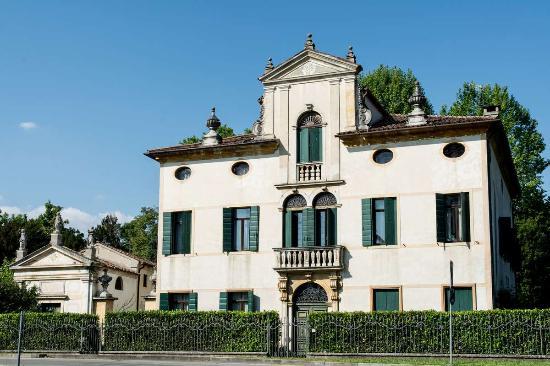 Noventa Padovana, Italie : Facciata