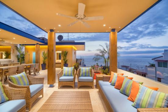 V Azul Luxury Vacation Rentals