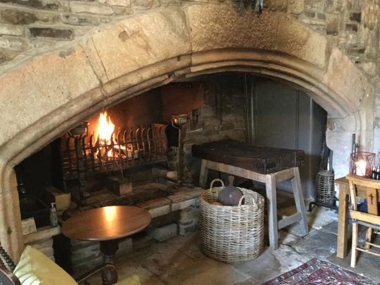 Blanchland, UK: nice fire