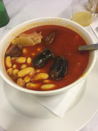 Excelente comida asturiana