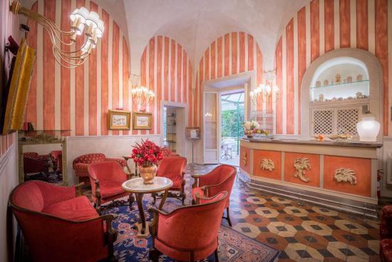 Palazzo dal Borgo Hotel Aprile: living room