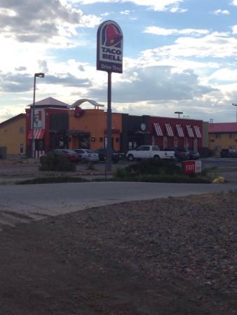 Moriarty, NM: Taco Bell / KFC