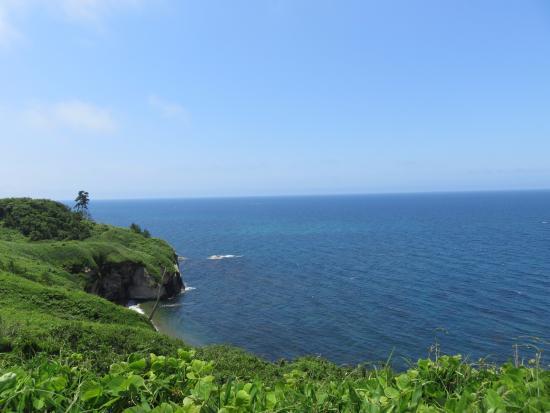 加佐岬灯台からの日本海