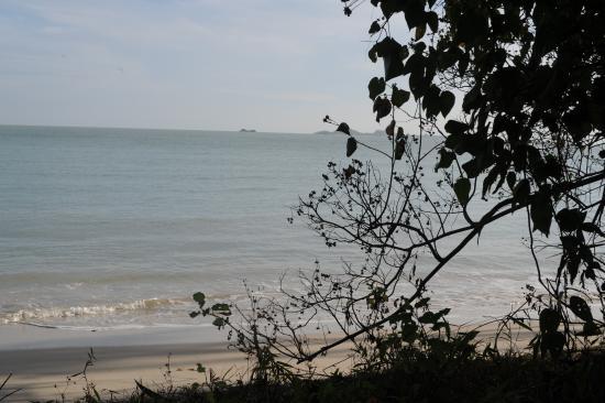 Laem Set, Tailandia: La mer se trouve à 100 mètres de la villa.