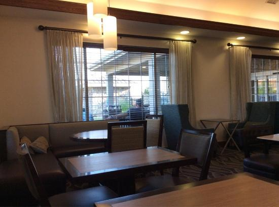 Homewood Suites by Hilton Oklahoma City-West: Lounge