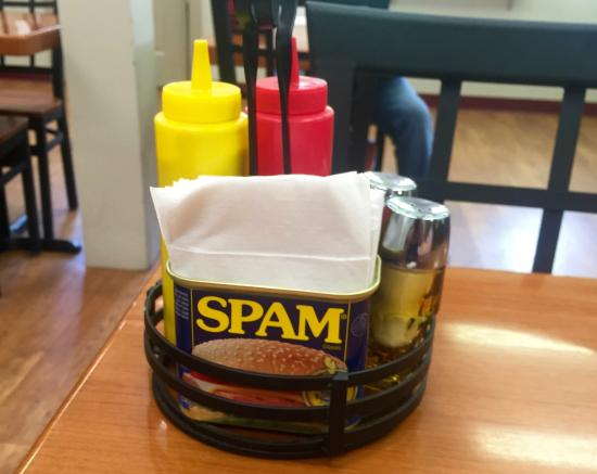 The Burger Mill: Table Top Caddy, Cute But The Containers Are Low Capacity