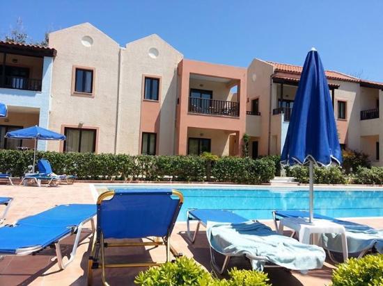 Hotel Blue Sea Apartments: Basseng 1.