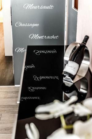 Carline Hotel: wine