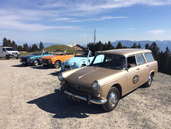 Chignin, France: nos 3 cabriolets et la voiture d'assistance