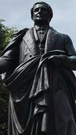 August-Wilhelm-Francke-Denkmal