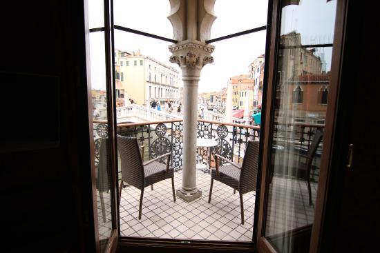 La Palazzina Veneziana: The room with the terrace is recommended