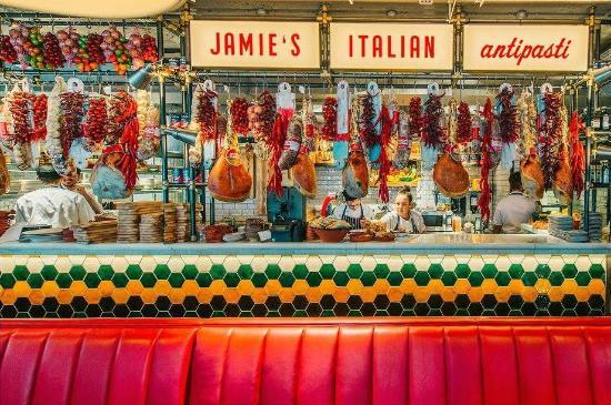 Jamie's Italian Buda Caslte