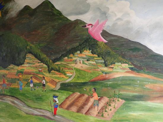 Mudende, رواندا: Paintings in the school