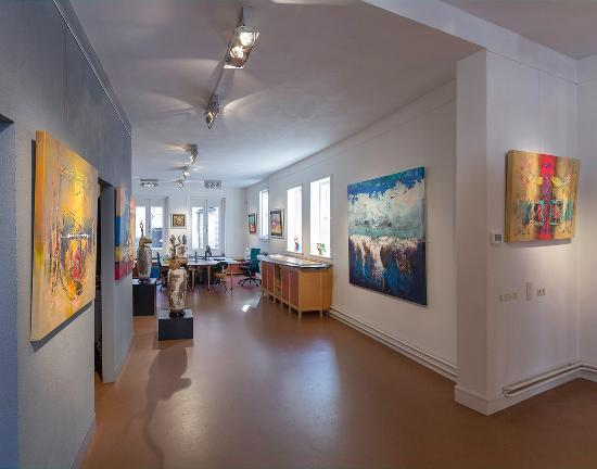 Galerie Delfi Form