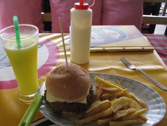Aussie Bar: 맛있는 햄버거