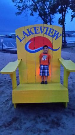 Milton, WI: Lakeview campground and bar